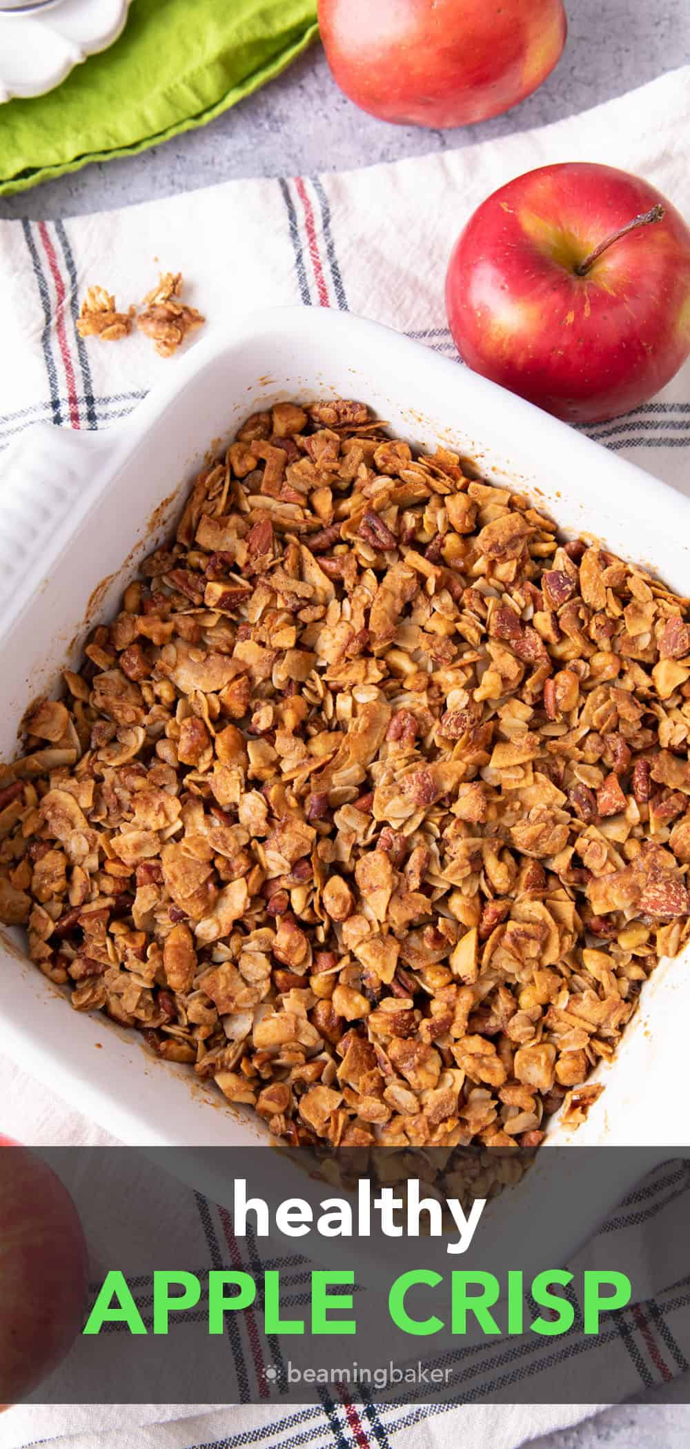 Healthy Apple Crisp: this healthy easy apple crisp recipe yields delicious crisp topping and warm apple filling for a guilt-free dessert made with healthy ingredients! #Healthy #Apple #Crisp | Recipe at BeamingBaker.com