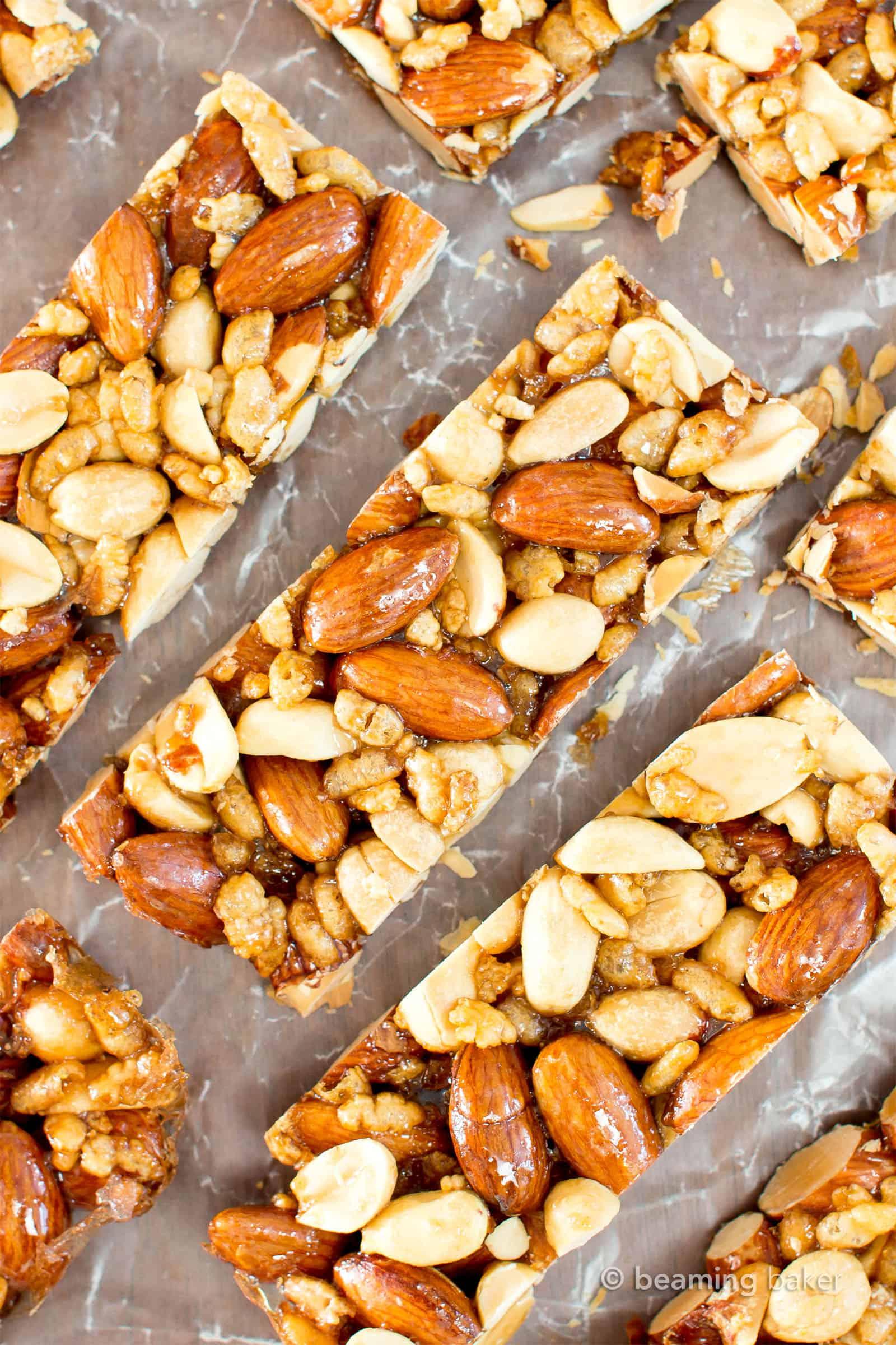 Homemade KIND Bars: an easy, 5 ingredient nut bars recipe for homemade kind bars! Salty 'n sweet healthy nut bar delight! #NutBars #KIND #Homemade #Recipe | Recipe at BeamingBaker.com