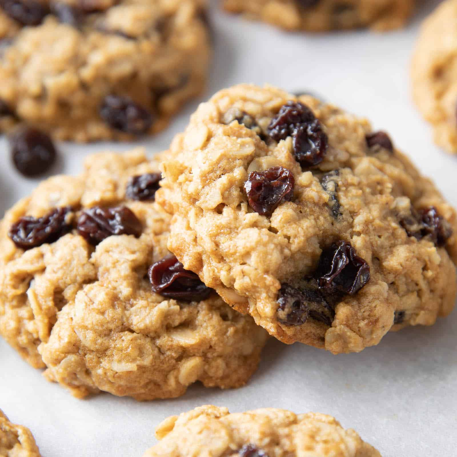 vegan gluten free oatmeal cranberry cookies