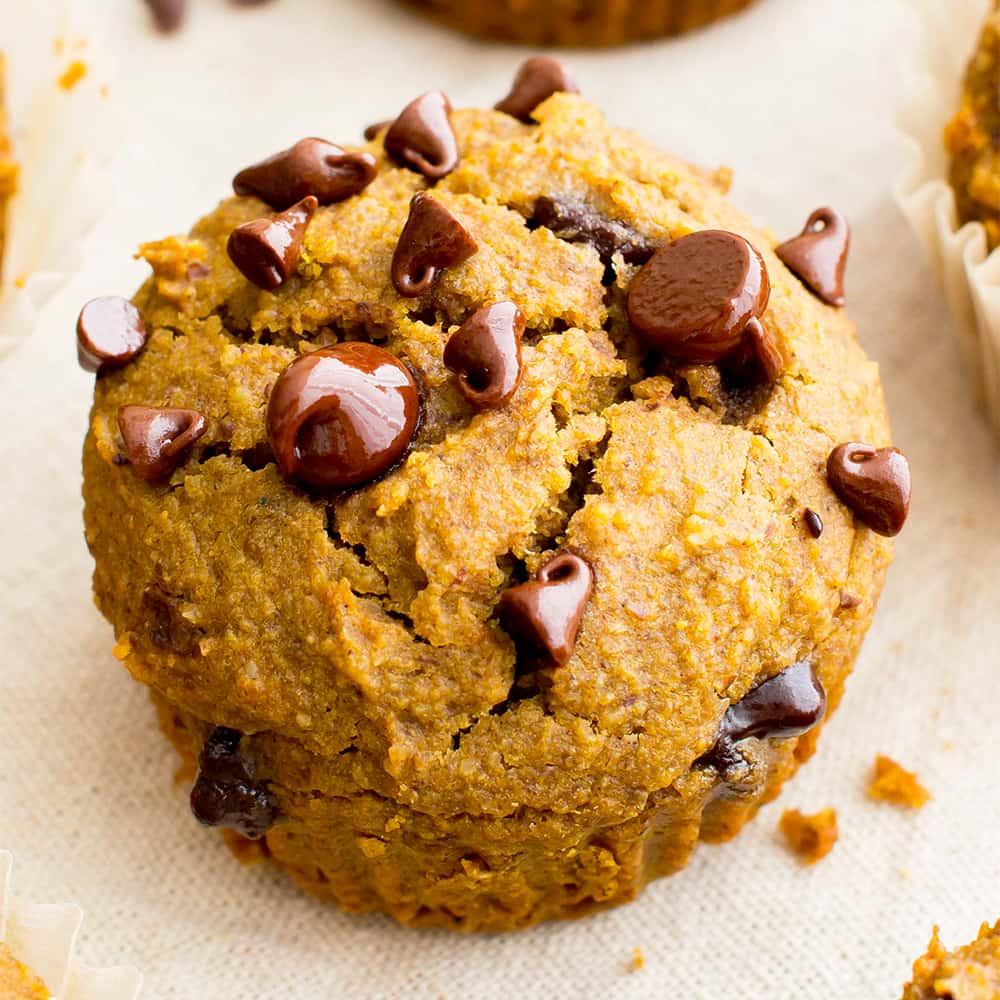 igt-one-bowl-gluten-free-pumpkin-chocolate-chip-muffins-vegan-gluten-free-dairy-free-1-5