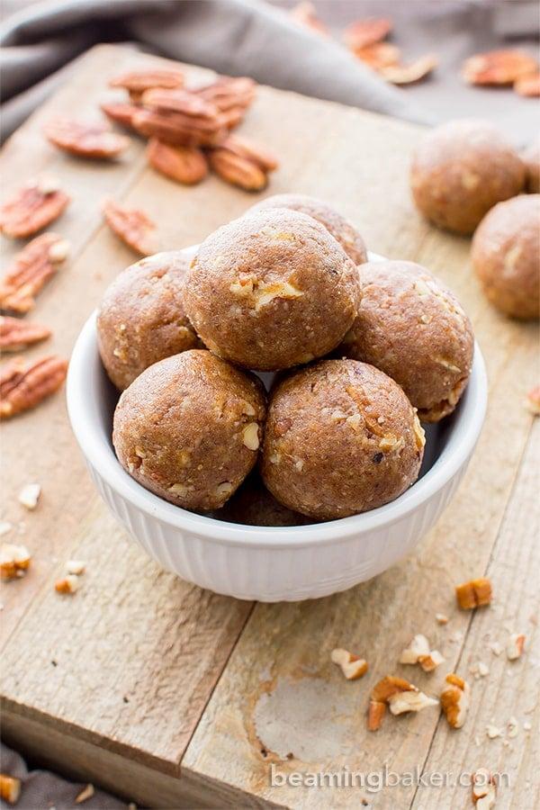 No Bake Vegan Pecan Pie Bites (Paleo, V, GF): a 5 ingredient recipe for deliciously fruit-sweetened no bake bites bursting with pecan pie flavors. #Paleo #Vegan #GlutenFree #DairyFree | BeamingBaker.com