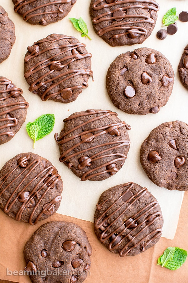 Vegan Triple Chocolate Peppermint Cookies (V, GF, DF): an easy recipe for decadent, soft-baked peppermint cookies bursting with chocolate. #Vegan #GlutenFree #DairyFree #OatFlour | BeamingBaker.com