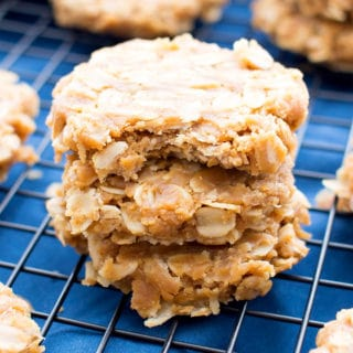 3 Ingredient No Bake Peanut Butter Oatmeal Cookies (V, GF, DF): a one bowl recipe for deliciously soft and chewy peanut butter cookies bursting with oats. #Vegan #GlutenFree #DairyFree | BeamingBaker.com