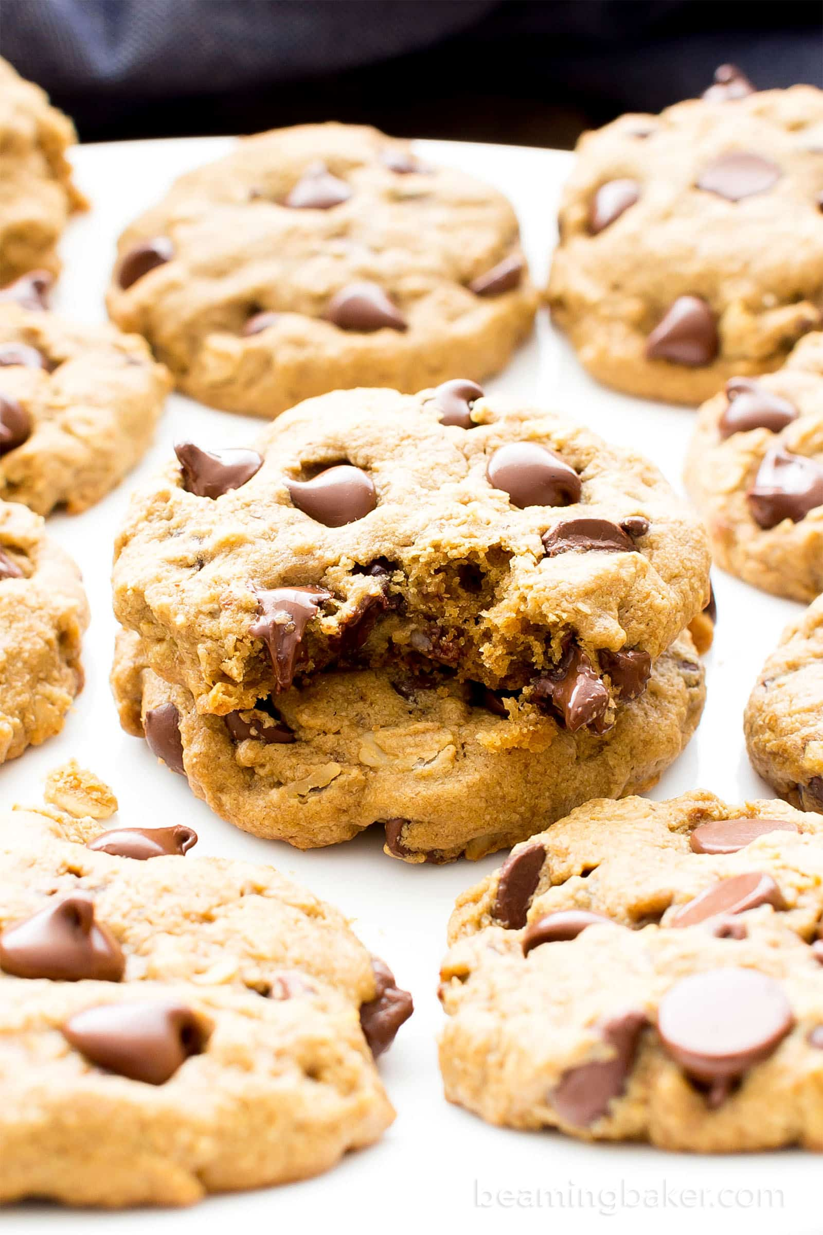 Healthy Chocolate Chip Cookies With Oat Flour