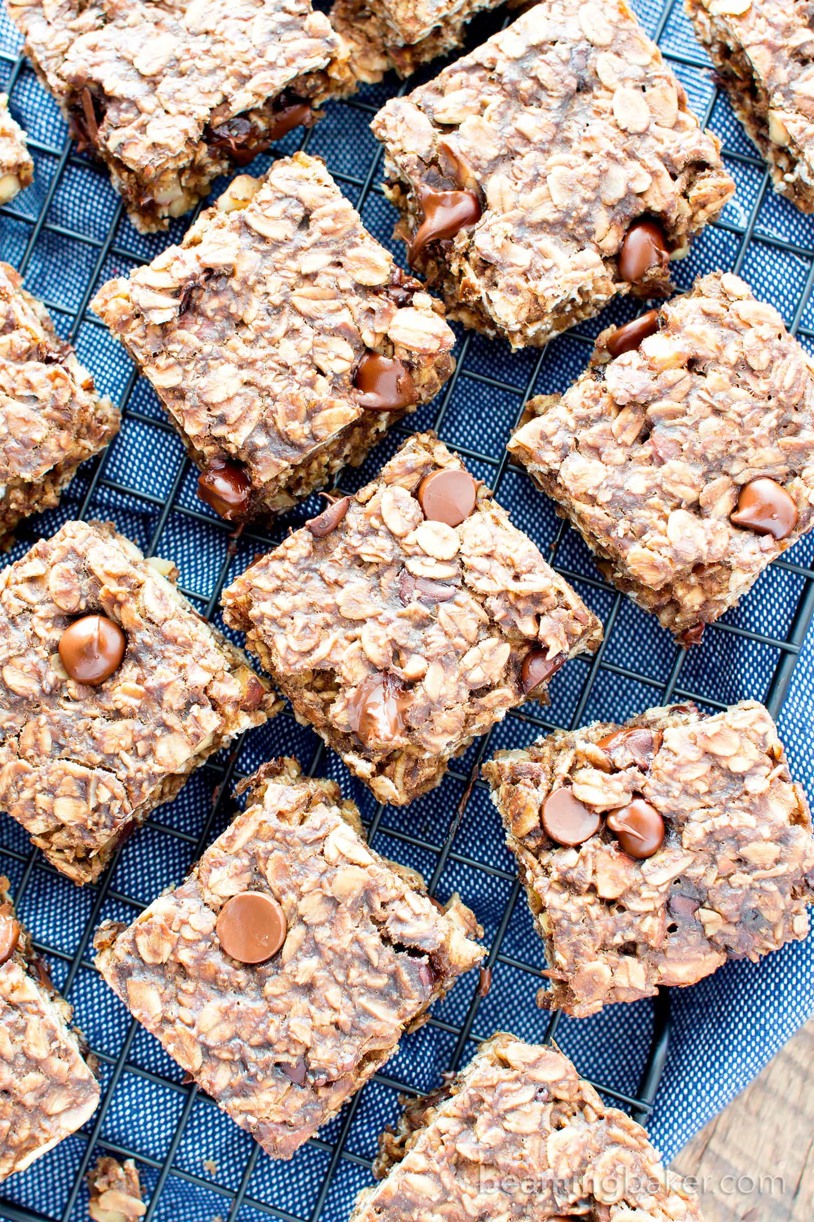 Gluten Free Chocolate Chocolate Chip Oatmeal Banana Breakfast Bars (V, GF): a one bowl recipe for whole ingredient breakfast bars bursting with double the chocolate. #Vegan #GlutenFree #DairyFree #WholeGrain | BeamingBaker.com