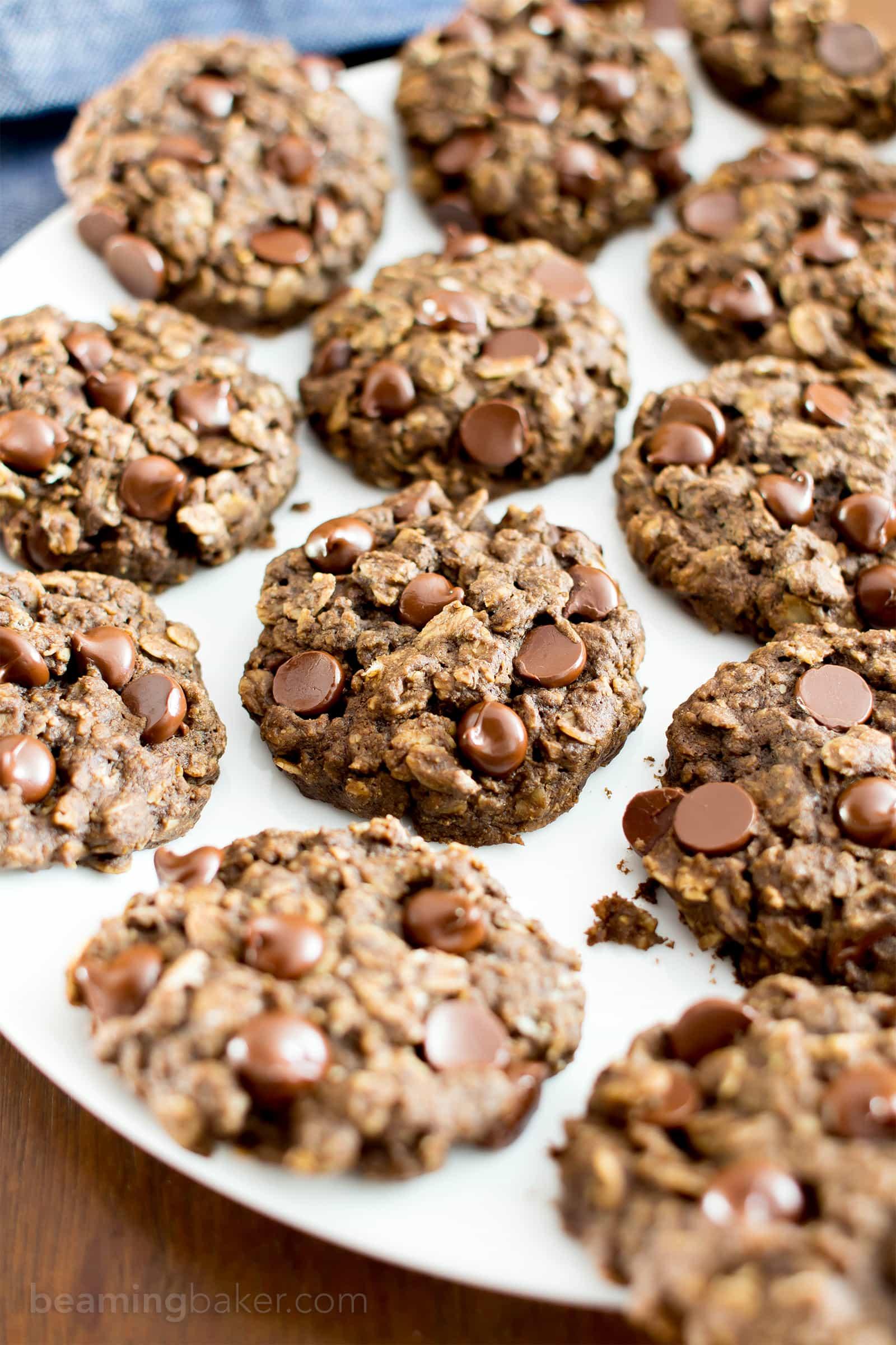 Gluten Free Double Chocolate Chip Oatmeal Cookies (V, GF): an easy recipe for soft, chewy double chocolate chip oatmeal cookies made with whole ingredients. #Vegan #GlutenFree #DairyFree #WholeGrain #OatFlour   BeamingBaker.com
