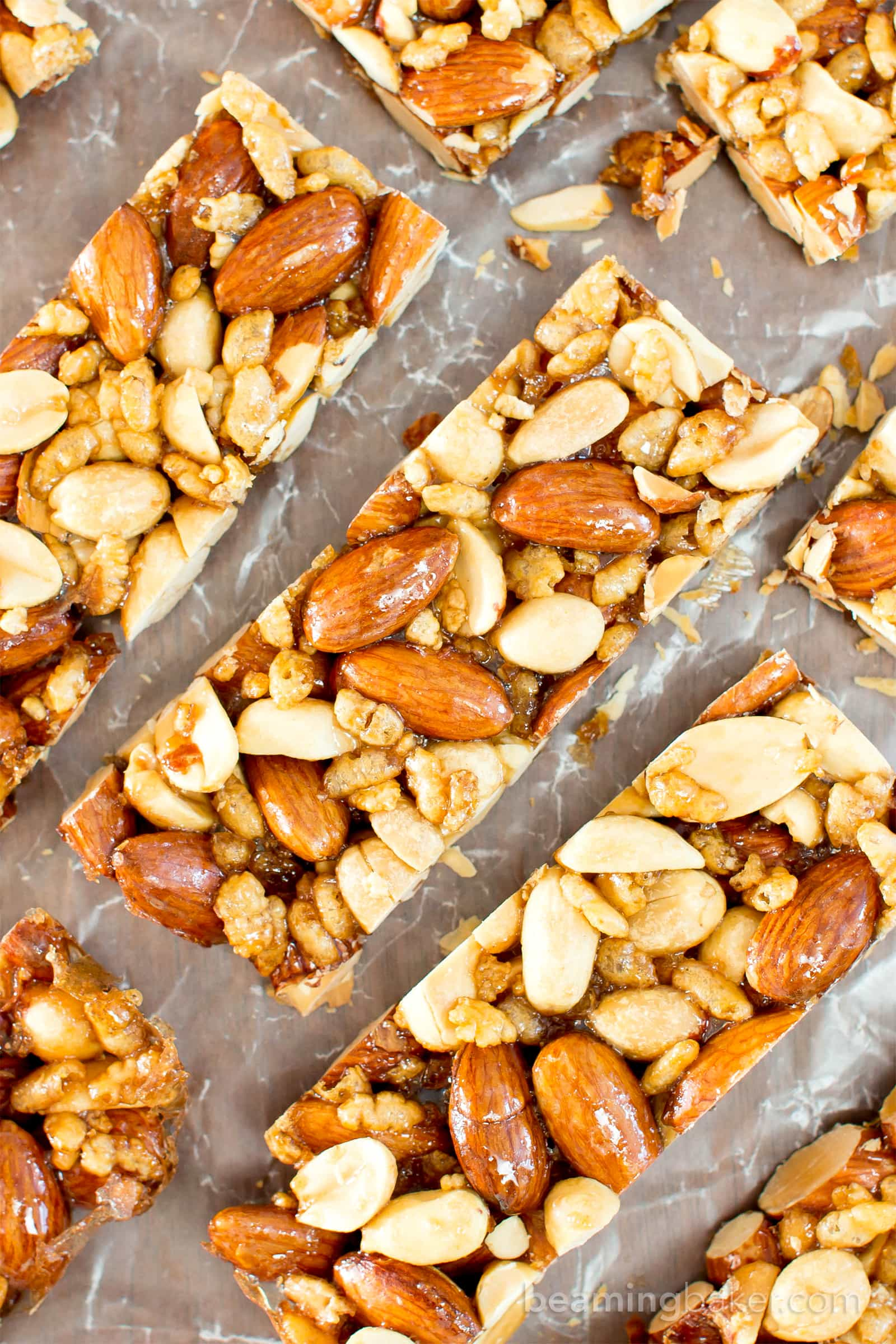 Merveilleux 5 Ingredient Homemade KIND Nut Bars (V, GF, DF): An Easy