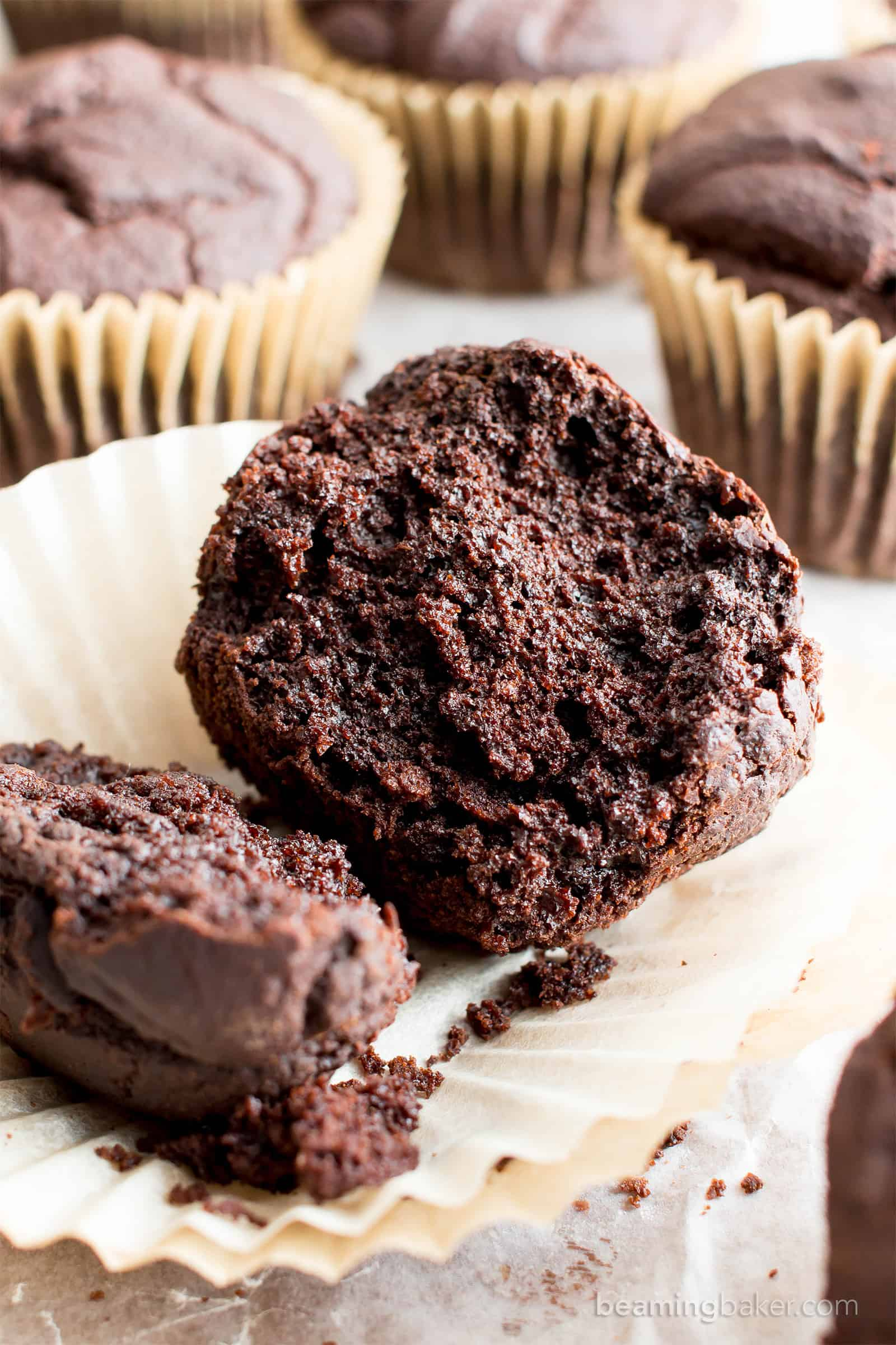 Easy Gluten Free Vegan Dark Chocolate Muffins (V, GF): super rich and satisfyingly moist dark chocolate muffins perfect for breakfast or a quick snack! #Vegan #GlutenFree #DairyFree #Chocolate #Flourless | Recipe on BeamingBaker.com