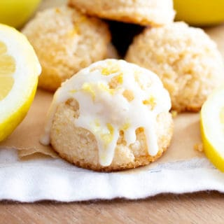 Lemon Coconut Macaroons Recipe (V, GF): an easy vegan recipe for sweetly tart lemon macaroons made from healthy ingredients to brighten your day! #Vegan #Paleo #Macaroons #Coconut #GlutenFree, #DairyFree #RefinedSugarFree #Dessert #HealthyDessert #Lemon #LemonDesserts #VeganDesserts | Recipe at BeamingBaker.com