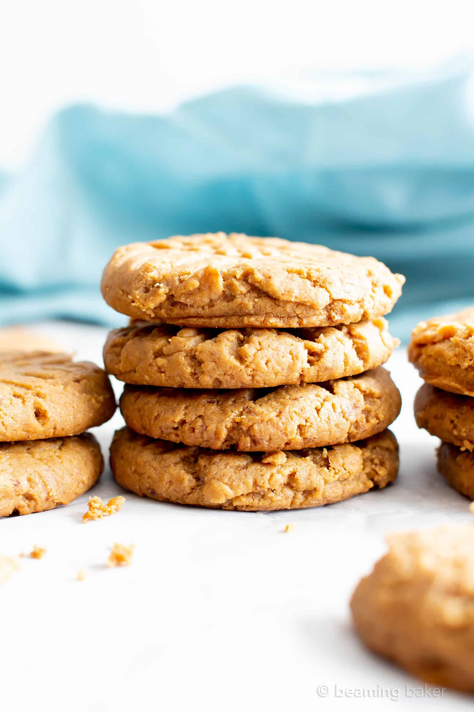 4 Ingredient Gluten Free Soft Peanut Butter Cookies (V, GF): an easy recipe for deliciously super-soft, flourless peanut butter cookies made with just a few healthy ingredients. #PeanutButter #Vegan #GlutenFree #GlutenFreeVegan #VeganBaking #GlutenFreeCookies | Recipe at BeamingBaker.com