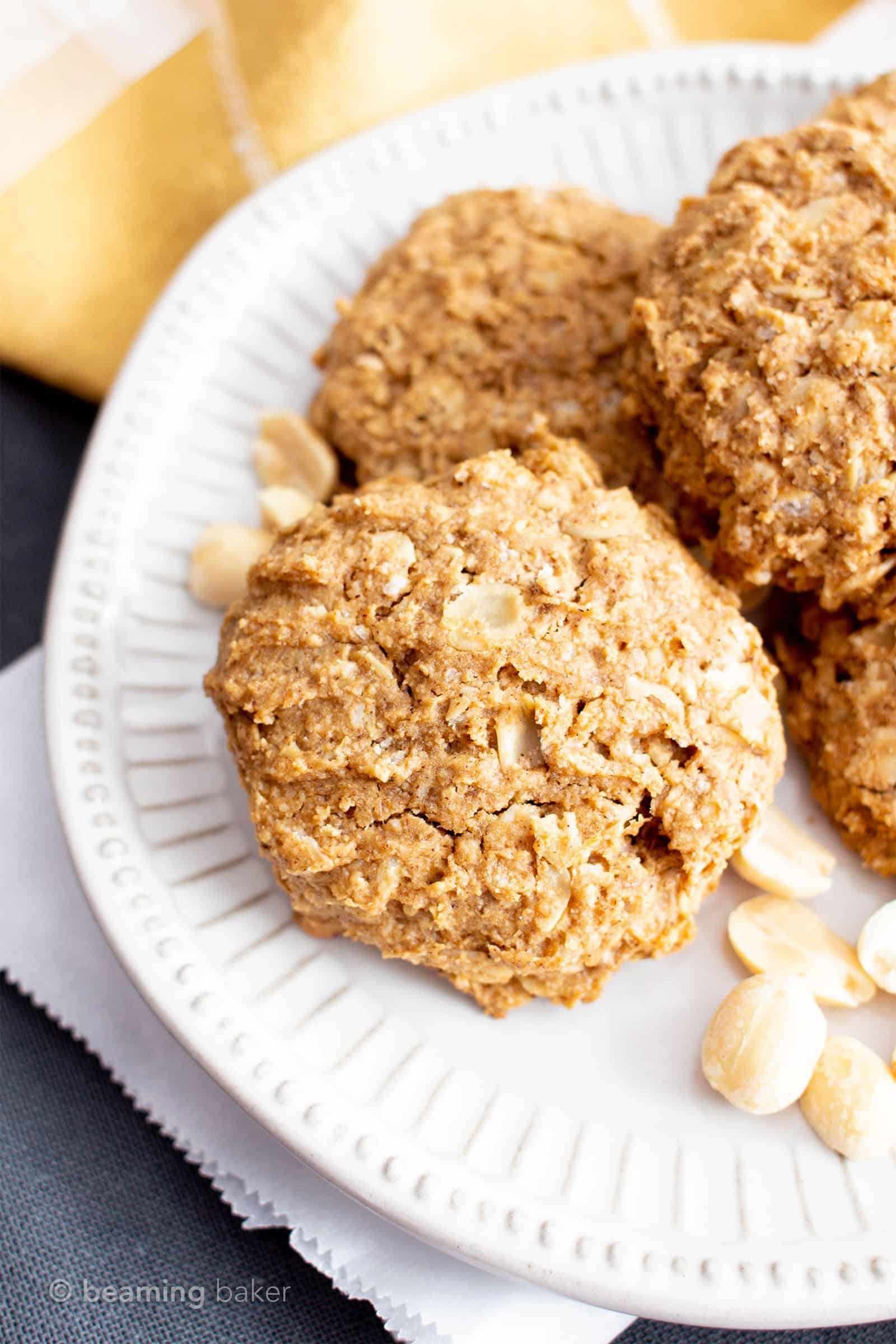 Oil-Free Peanut Butter Oatmeal Breakfast Cookies (V, GF): chewy 'n healthy breakfast cookies bursting with peanut butter flavor and packed with nutritious ingredients! #Vegan #GlutenFree #BreakfastCookies #BeamingBaker #GlutenFreeVegan #OilFree #PeanutButter #Oatmeal #VeganCookies   Recipe at BeamingBaker.com