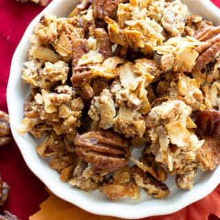 Homemade Maple Pecan Granola (GF, V): the best paleo granola recipe for fall! Crispy, crunchy clusters & maple granola pecan pie flavors—Vegan, Gluten-Free, Healthy! #Paleo #Granola #Vegan #GlutenFree | Recipe at BeamingBaker.com