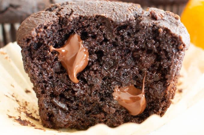 Paleo Chocolate Orange Muffins (GF): fluffy & moist Gluten Free chocolate muffins with a burst of zesty orange flavor! This Grain Free almond flour chocolate muffins recipe is EASY, Vegan & Dairy-Free! #Paleo #Muffins #GlutenFree #Chocolate | Recipe at BeamingBaker.com