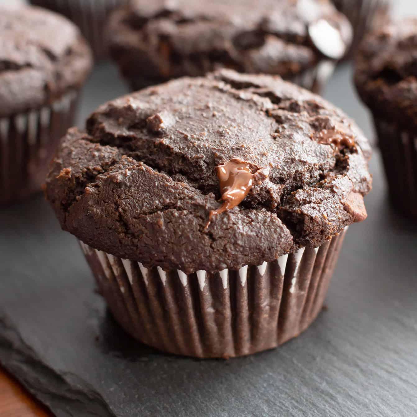 Paleo Chocolate Muffins - Gluten Free Chocolate Muffins ...