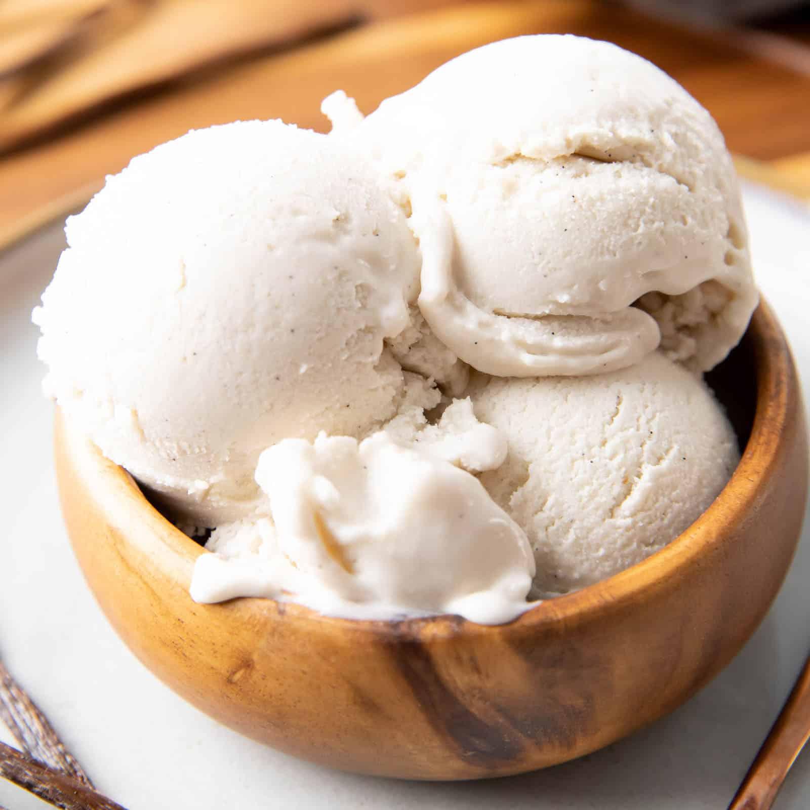 Secretly Keto Ice Cream Recipes: the best keto ice cream recipes that you won't possibly believe are keto + low carb. Serve these secretly keto ice cream recipes and shock people! Chocolate keto ice cream, vanilla keto ice cream, and more. #Keto #IceCream #KetoIceCream #LowCarb | Recipes at BeamingBaker.com