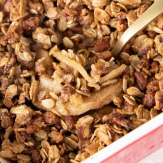 Gluten Free Apple Crisp Recipe: a gluten free apple crisp with super easy, crisp topping and perfectly spiced, warm, gooey apple filling. #AppleCrisp #GlutenFree #DairyFree | Recipe at BeamingBaker.com