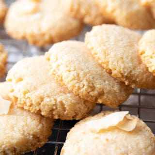 Crunchy Keto Coconut Cookies – 4 ingredient keto coconut cookies that are crunchy & crisp, with delightful coconut flavor. Easy to make, Low Carb! #Keto #KetoCookies #Coconut #LowCarb   Recipe at BeamingBaker.com